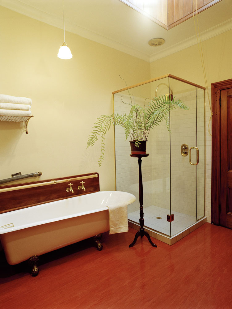 shared-bath2